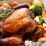Pollo al horno con verduras.